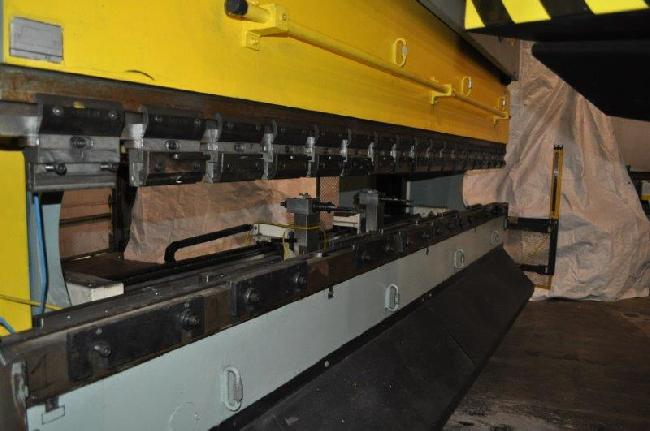 165 Ton Haco Atlantic Press Brake 13027A pic 5.jpg