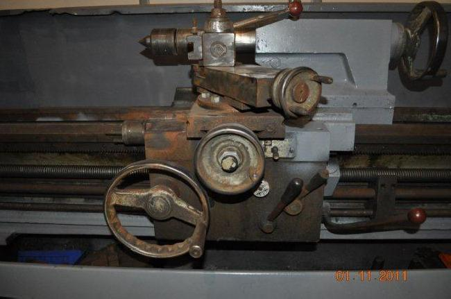 17_X_120_Clausing_Engine_Lathe_11058D_pic_10.jpg