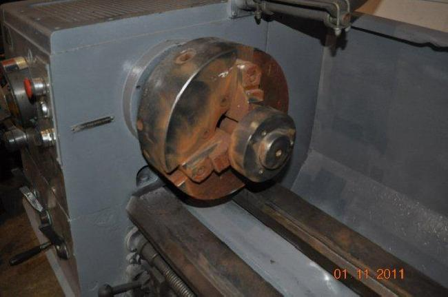 17_X_120_Clausing_Engine_Lathe_11058D_pic_11.jpg