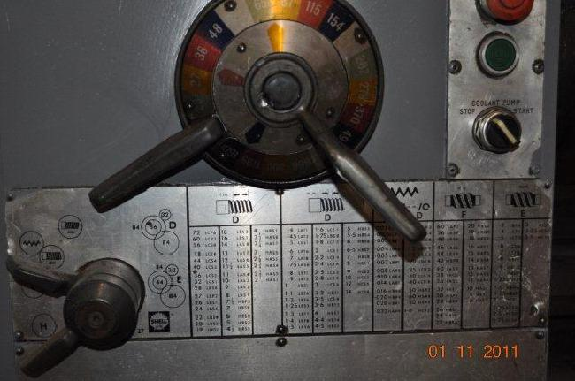 17_X_120_Clausing_Engine_Lathe_11058D_pic_4.jpg
