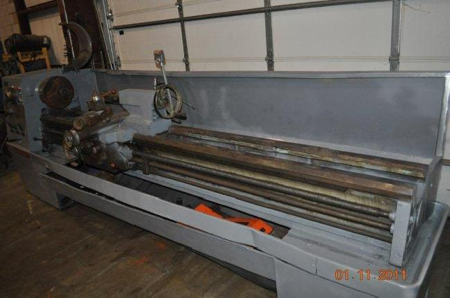 17_X_120_Clausing_Engine_Lathe_11058D_pic_6.jpg