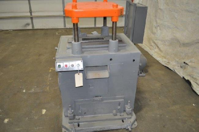 20 Ton Michigan Cut Off Press 26030E pic 1.jpg
