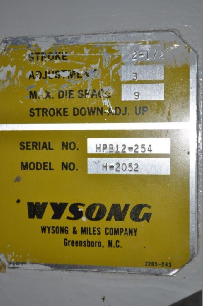 20 Ton Wysong Press Brake 15083H pic 5.jpg
