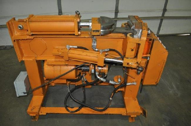3 in Huth Tube Bender 15074 pic 1.jpg