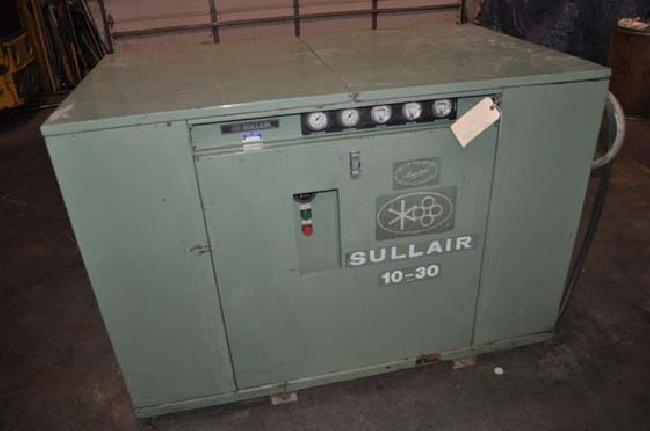 30 HP Sullair Air Compressor 12079W pic 1.jpg