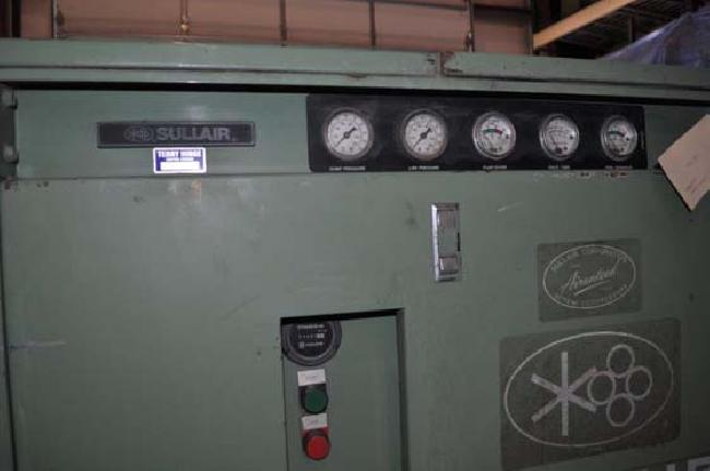 30 HP Sullair Air Compressor 12079W pic 8.jpg