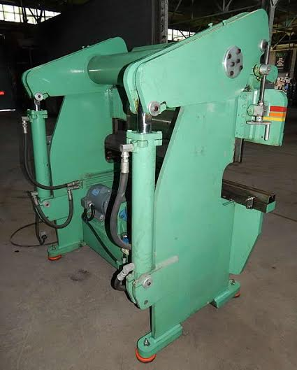 50 ton accu press 3.jpg