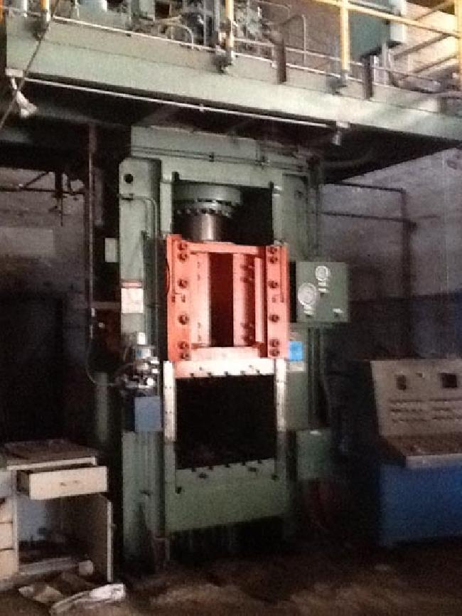 500 Ton Erie Hyd Press 12061 pic 5.JPG