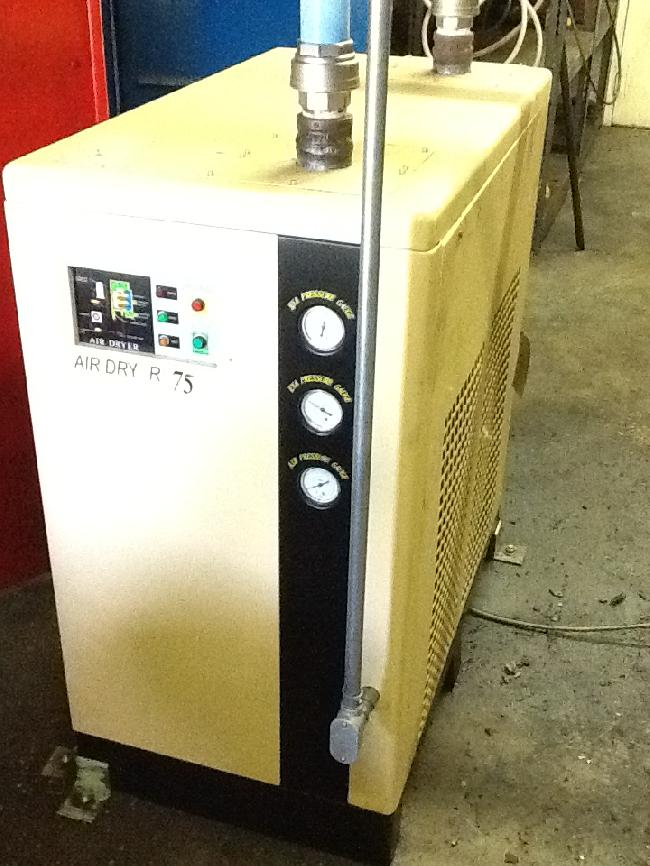 HE SYSTEMS AIR DRYER 15068Z PIC 1.jpg