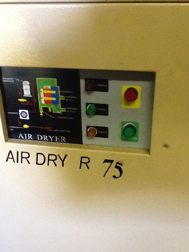 HE SYSTEMS AIR DRYER 15068Z PIC 2.jpg